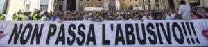 La protesta dei tassisti davanti al Senato