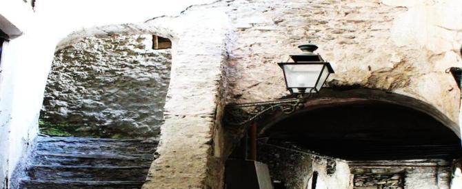 Su Rai3 la magia di Triora, il borgo delle streghe che attira turisti e curiosi