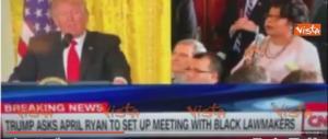Trump litiga con la giornalista nera della Cnn, risate in studio… (video)