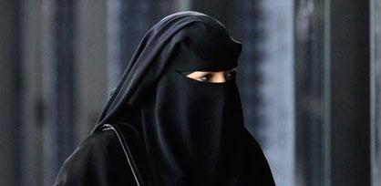 Lotta all'islamismo, la Baviera proibisce il velo integrale