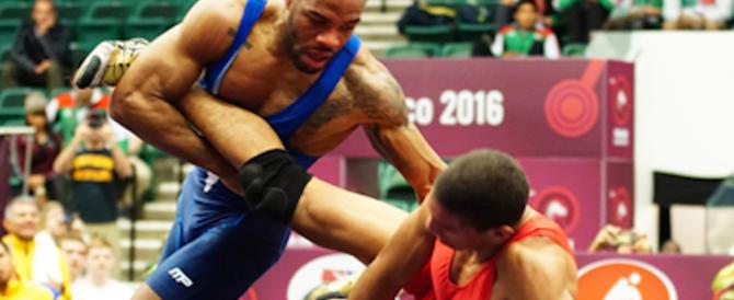 «Ai mondiali di wrestling nessun atleta Usa»: ripicca dell'Iran contro Trump