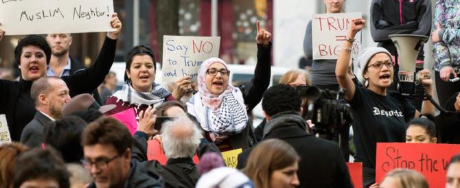 Trump non si ferma: firmato un nuovo bando contro l'immigrazione islamica