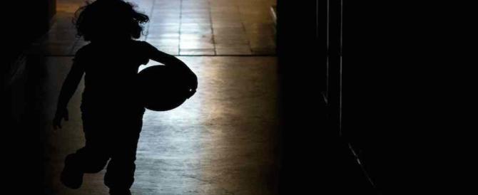 Choc a Reggio Emilia, 17enni abusano e minacciano un bimbo di soli 10 anni