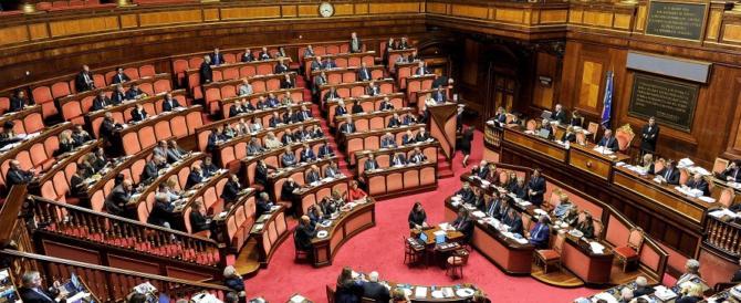 Il Def arriva in Senato. Gasparri: «La sua approvazione non salverà Gentiloni»