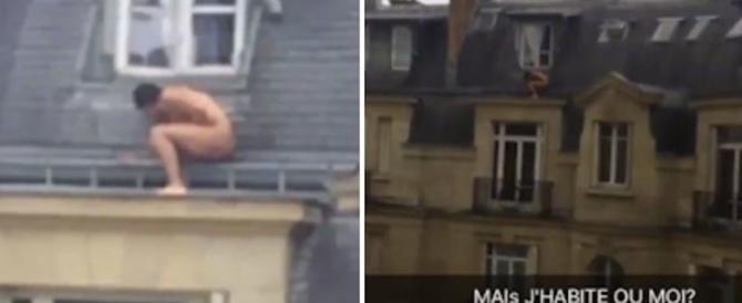 Parigi, nudo e rannicchiato sotto la finestra: così l'amante si nasconde (video)