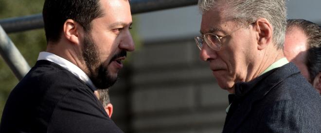 Scintille tra Bossi e Salvini. Umberto: «Non è la Lega». Matteo: «Nostalgico»