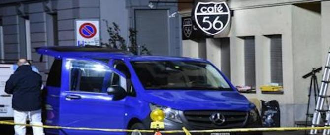 Terrore a Basilea: uomini armati irrompono in un caffè, due morti