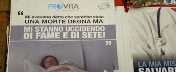 Manifesti choc contro l'eutanasia: mi stanno uccidendo di fame e di sete