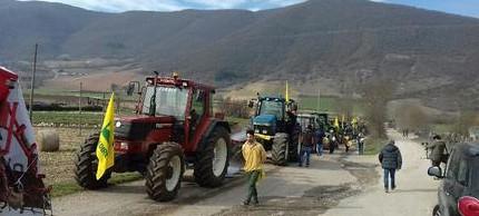 """""""Aprite quella strada o Castelluccio morirà"""": protesta dei coltivatori di lenticchie"""