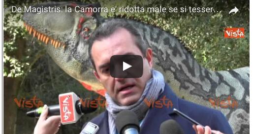 """De Magistris: """"La camorra è ridotta male se deve prendere la tessera Pd"""" (VIDEO)"""