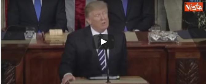 Immigrazione, sicurezza, tasse: Trump conquista il cuore dell'America (video)