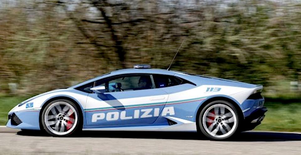 Consegnata Hurac N La Nuova Lamborghini Della Polizia