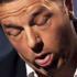 Renzi steward: «Alitalia funziona». Già, come funzionava lui a Palazzo Chigi