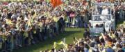 Quasi un milione per il Papa a Milano. Bergoglio è partito dalle periferie