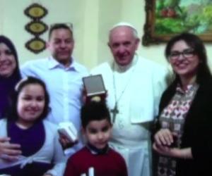 Il Papa a Milano incontra una famiglia musulmana (VIDEO)