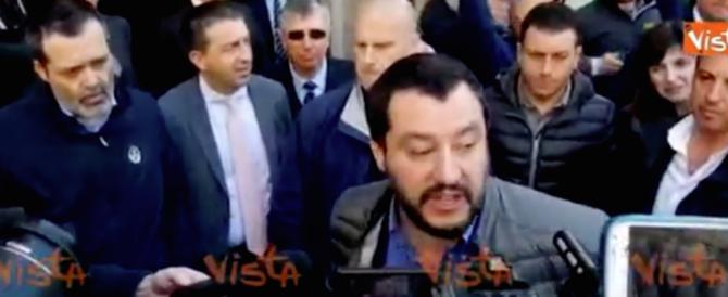 Salvini all'Università Cattolica, ma è vietato dire che l'euro è una truffa (video)