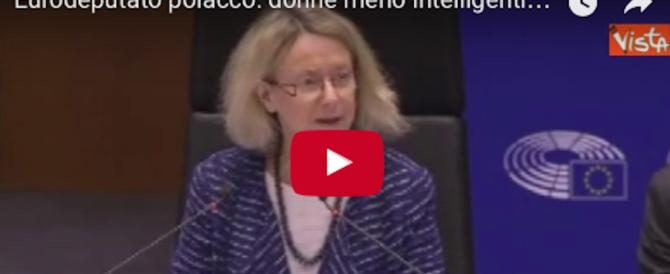 """Europarlamentare choc: """"Donne meno intelligenti, giusto pagarle meno"""" (video)"""