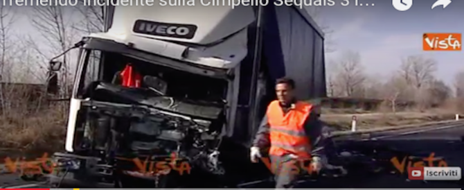 Schianto mortale in Friuli tra un camion e un furgone: tre morti (video)