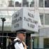 Attentato di Londra, altri due arresti. Scotland Yard: «Chi sa, parli»
