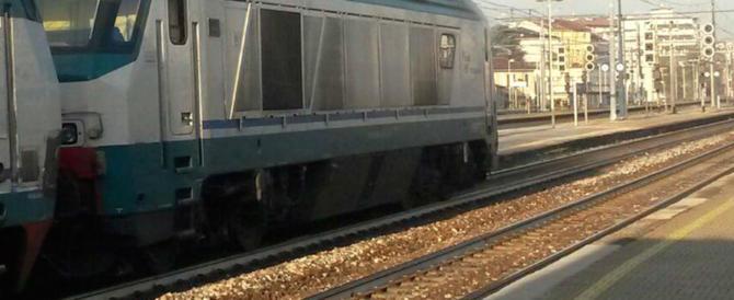 """""""Allah Akbar"""", marocchino terrorizza i passeggeri del treno per Venezia"""