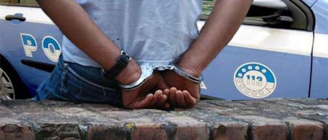 Rifugiato stupra 19enne: era già stato arrestato nel 2016 per violenza
