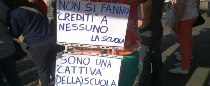 """Palermo, studenti e docenti in piazza contro la """"Buona scuola"""": nessun miglioramento"""