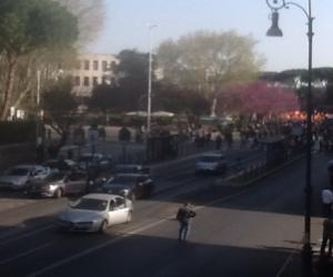 Corteo Eurostop, la Questura ferma 3 pullman con 150 manifestanti (video)