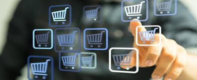 """Dal negozietto online alle vendite casalinghe: GdF stana """"cyber falsario"""""""