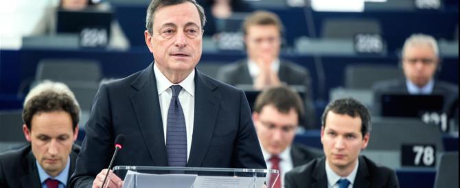 Draghi non cede alle pressioni tedesche e non tocca i tassi
