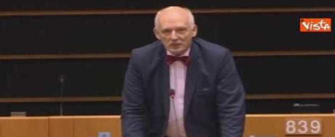 L'eurodeputato che offende le donne: sospeso e con lo stipendio decurtato