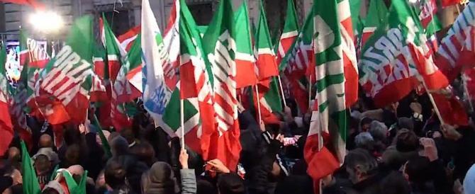 Berlusconi illustra ai giovani la nuova FI: meno tasse, meno Stato meno Ue
