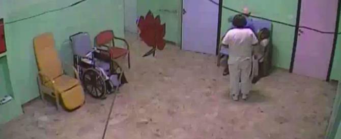 Botte e umiliazioni agli anziani di una casa di riposo: infermiera ai domiciliari