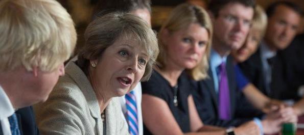Sconfitto il governo della May: ora si allungano i tempi per attivare la Brexit