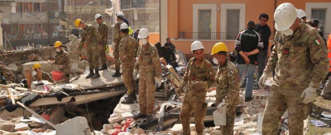 La Russa: «Ridurre di 40mila uomini le Forze Armate? Sarebbe una follia»