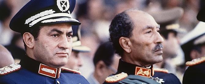 Egitto, dopo sei anni il regime libera l'88enne Moubarak: è innocente
