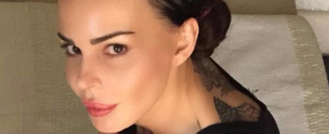 Nina Moric: «Ma quale fascismo, io conosco gli orrori del comunismo»