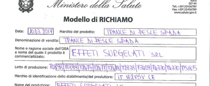 """Pesce spada """"avvelenato"""" nei supermercati italiani: occhio a questi codici"""