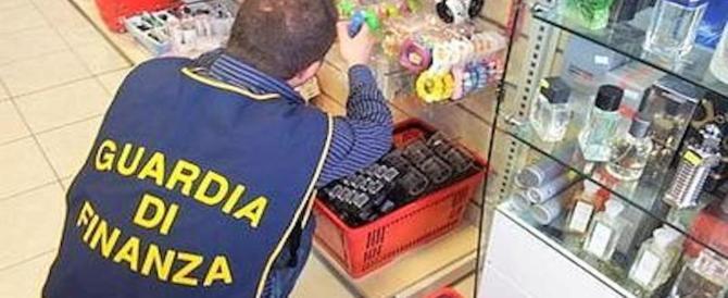 Merce avariata in vendita al minimarket cinese: la GdF sequestra quintali di cibo