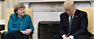 Trump beffardo con la Merkel: «Bene, ma la Germania ci deve molti soldi…»