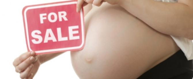 Un manifesto contro l'utero in affitto scatena le ire di gay e lesbiche