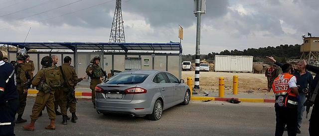 Betlemme, una palestinese investe cittadini alla fermata del bus: uccisa