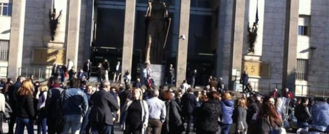 Panico per due allarmi bomba in poche ore a Catania e a Palermo