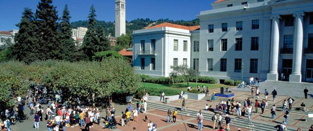 """Usa, l'università di Berkley vietata ai conservatori. E la chiamano """"liberal"""""""