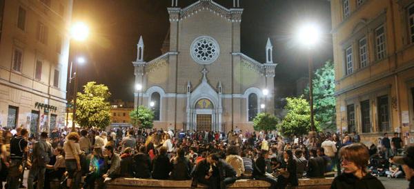 Roma, rissa a bottigliate fra spacciatori africani nel quartiere della movida