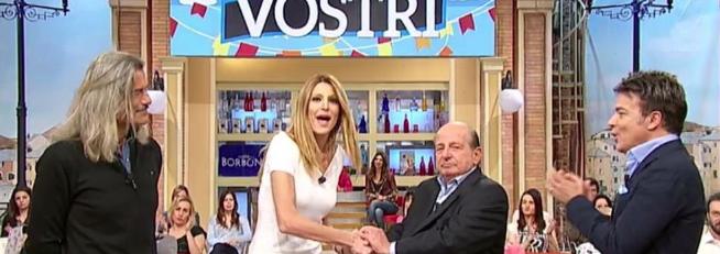 Le scuse di Magalli ad Adriana Volpe, ma lei non le accetta (VIDEO)