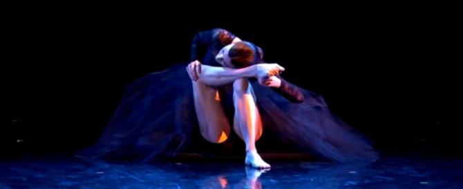 L'esibizione di Nicoletta Tinti a Italian's got talent: standing ovation e lacrime agli occhi (video)