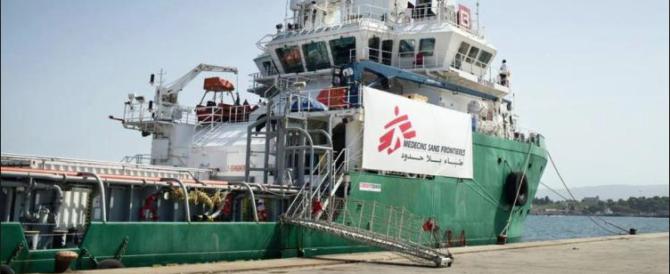 """La proposta di Gasparri: """"Per frenare gli sbarchi cacciamo le Ong dai porti"""""""