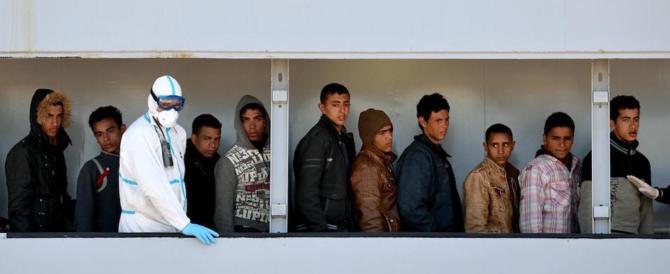 Ong, il centrodestra: «Stanno devastando l'Italia. Fermiamole»