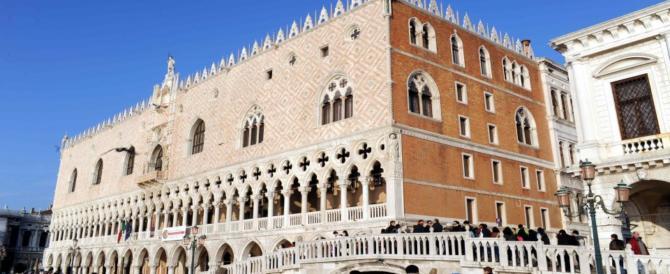 25 aprile, a Venezia si fa festa per San Marco. E festeggiano tutti