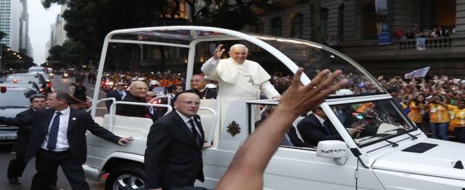 Tutto pronto per il viaggio del Papa in Egitto. Ha rifiutato l'auto blindata